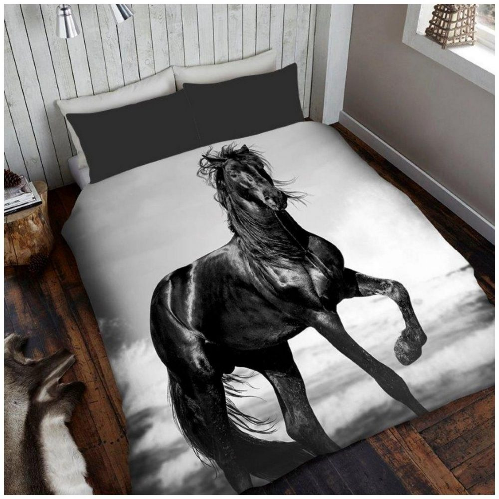 11114857 3d printed throw 150x200 horse 1 2