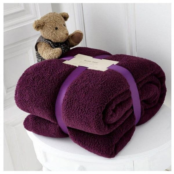 11131380 teddy collection throw 130x180 aubergine 1 2