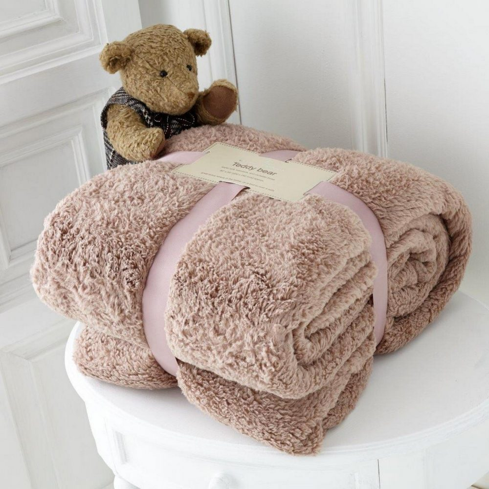 11131434 teddy collection throw 130x180 mink 1 1