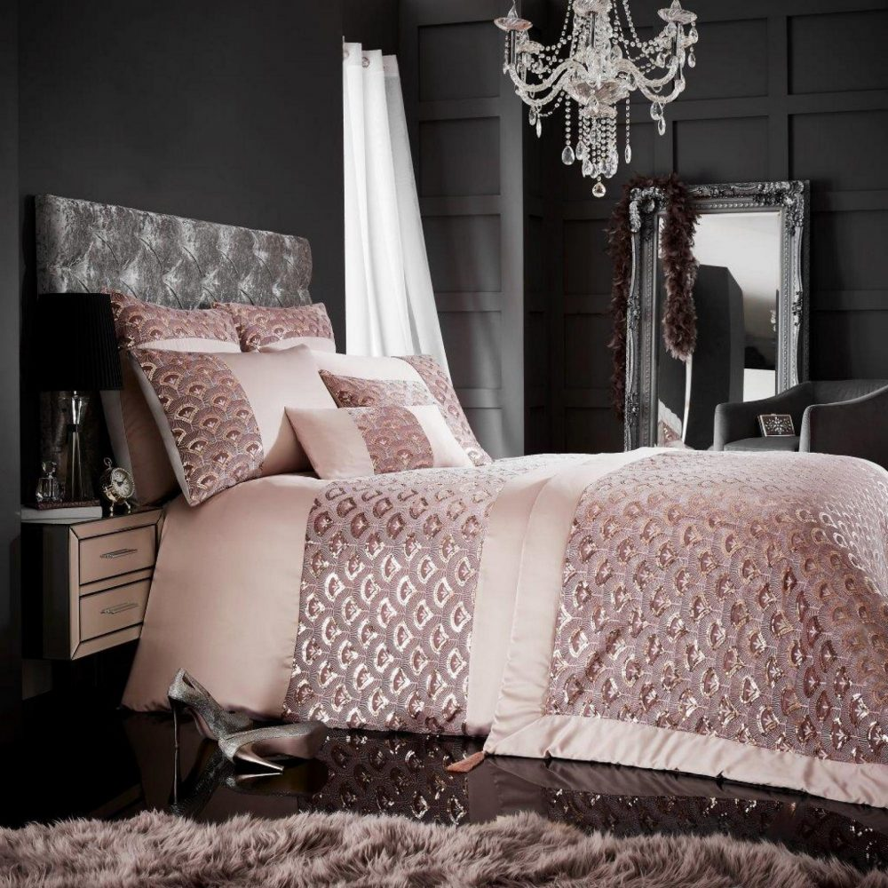 11168027 tessella bed spread pink 1 1