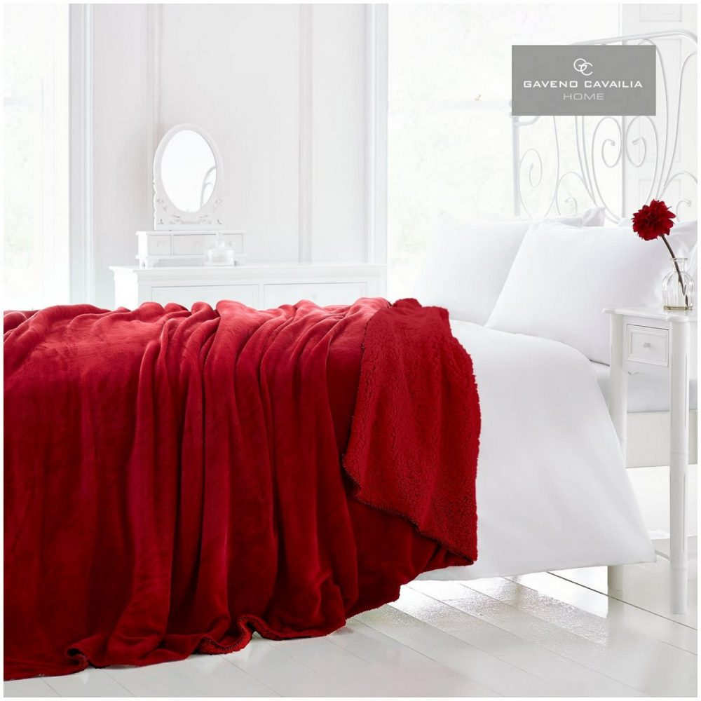 12090694 flannel sherpa throw 150x200 red 1 2