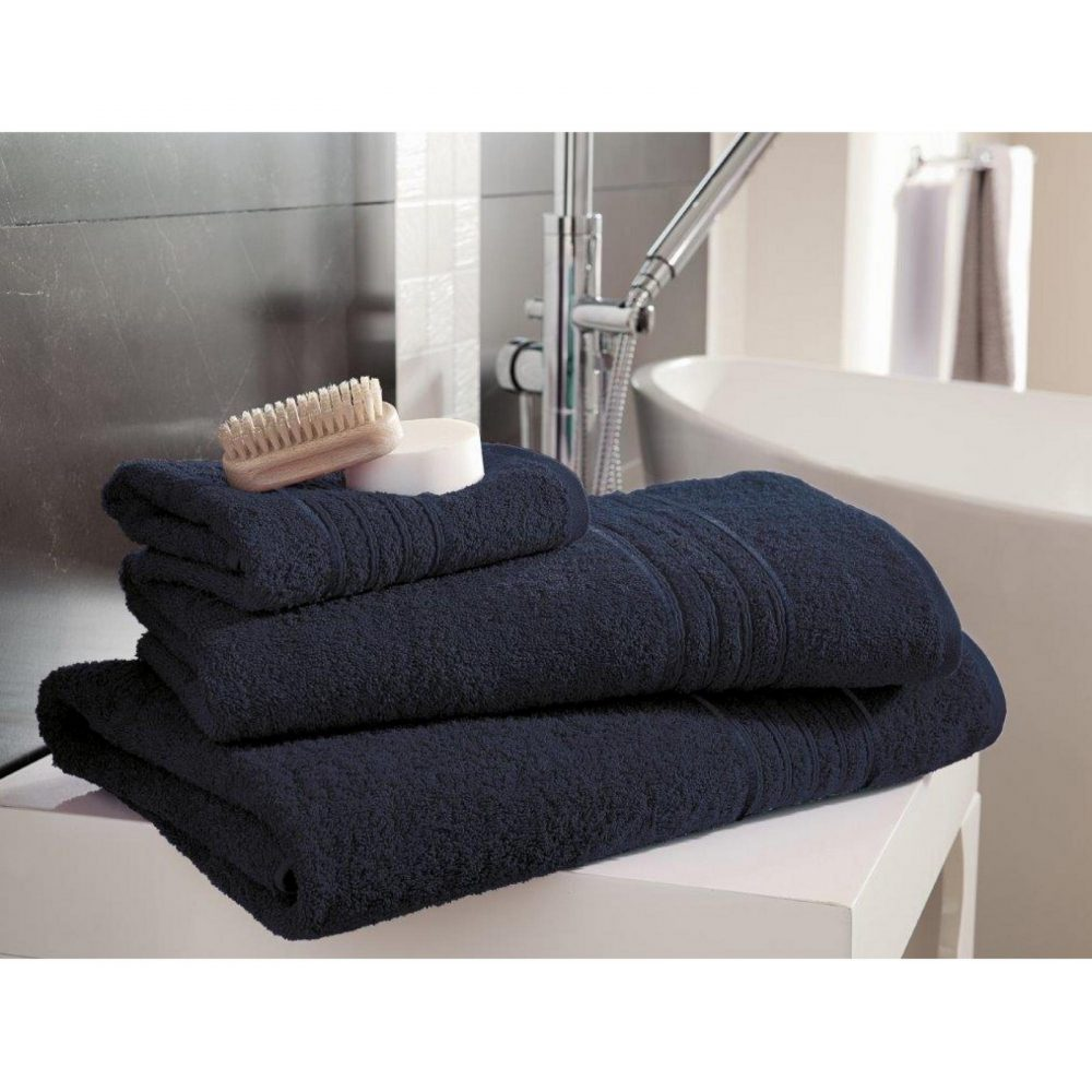 41148425 bath sheet hampton navy 1
