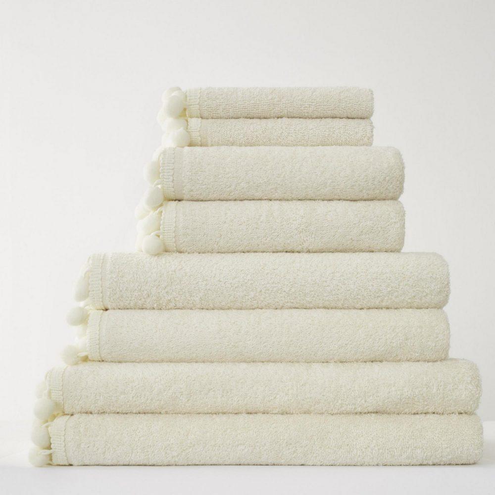 41358510 pom pom bath sheet cream 1